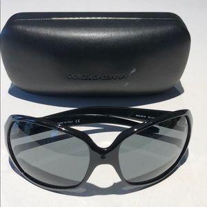 Dolce & Gabbana women's black sunglasses D&G8018